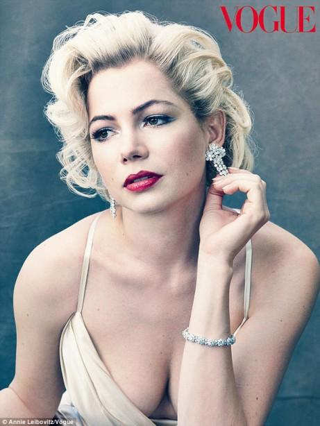 Michelle-Williams-Poses-as-Marilyn-Monroe-in-Vogue-10-461x614
