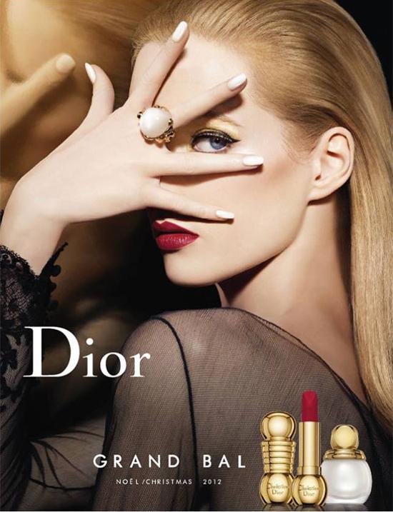 A Fost O Data Ca Niciodata Marele Bal Dior Ameliero