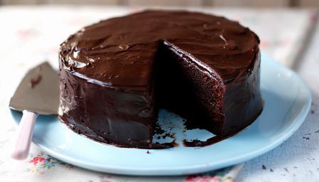 tort de ciocolata cu sos
