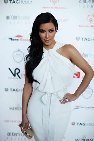 Kim+Kardashian+Wedding+Rings+Engagement+Ring+tFJEjJ-9zUHl