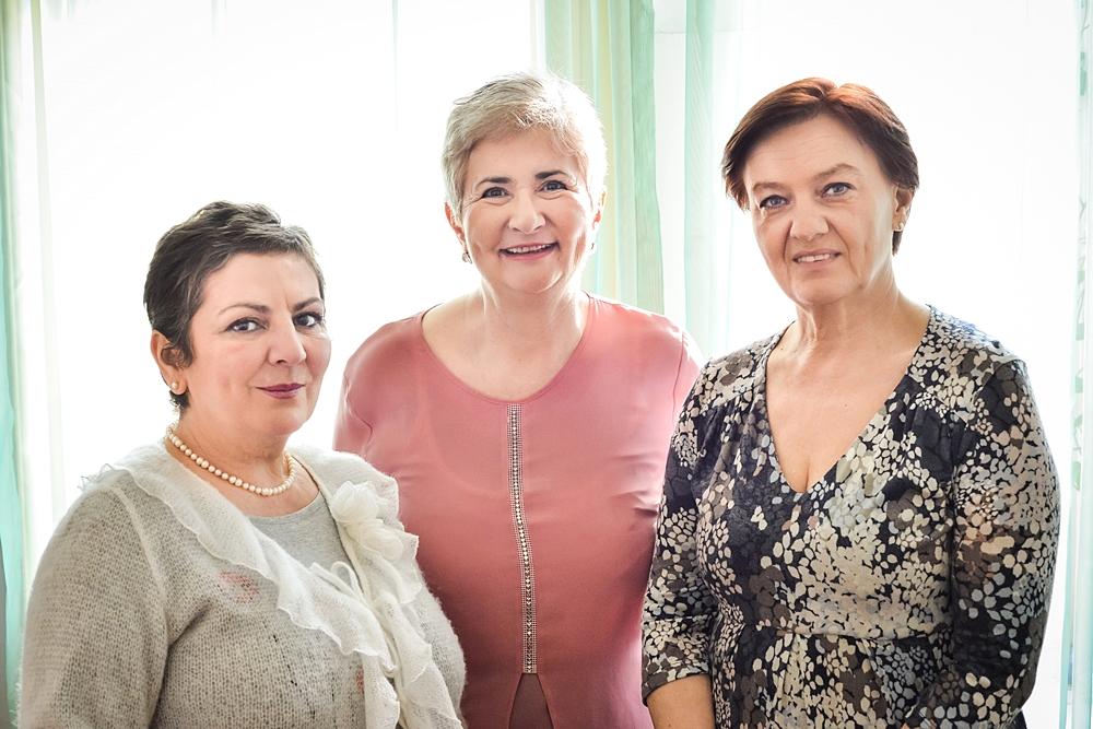 Stg la dr - Adriana Popovici, Neli Pfeiffer si Ioana Angelescu