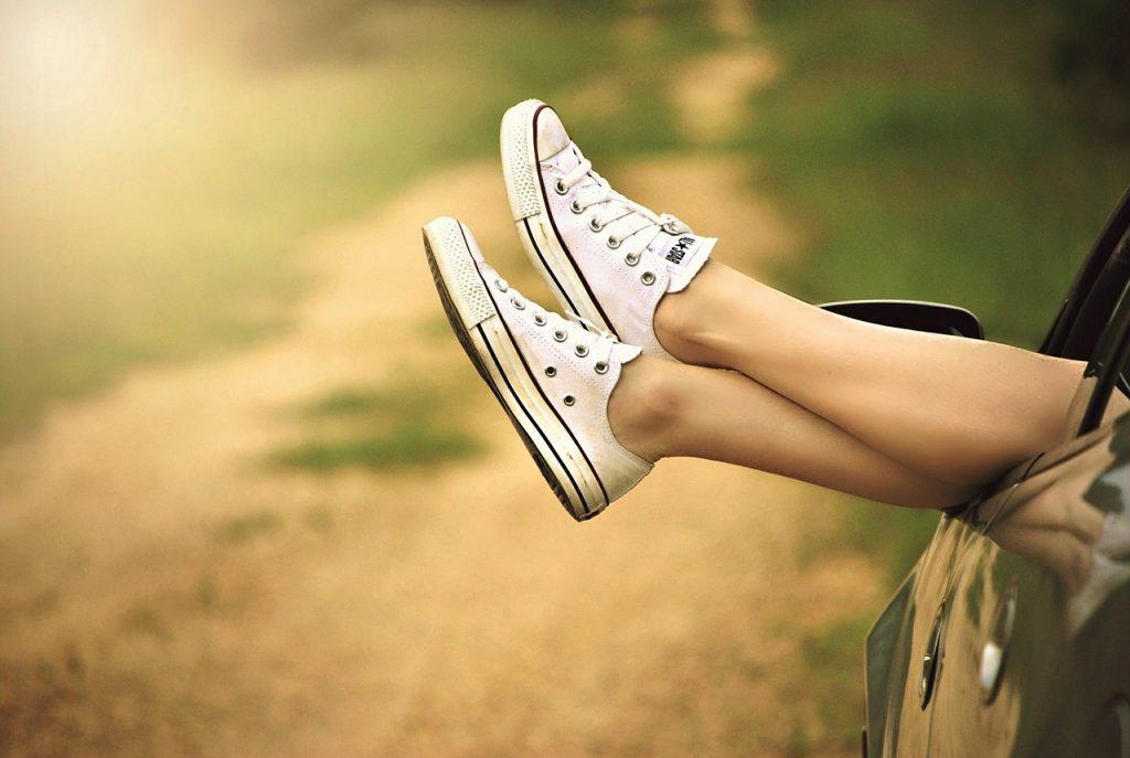 Cum să-ți protejezi picioarele pe timp de vară