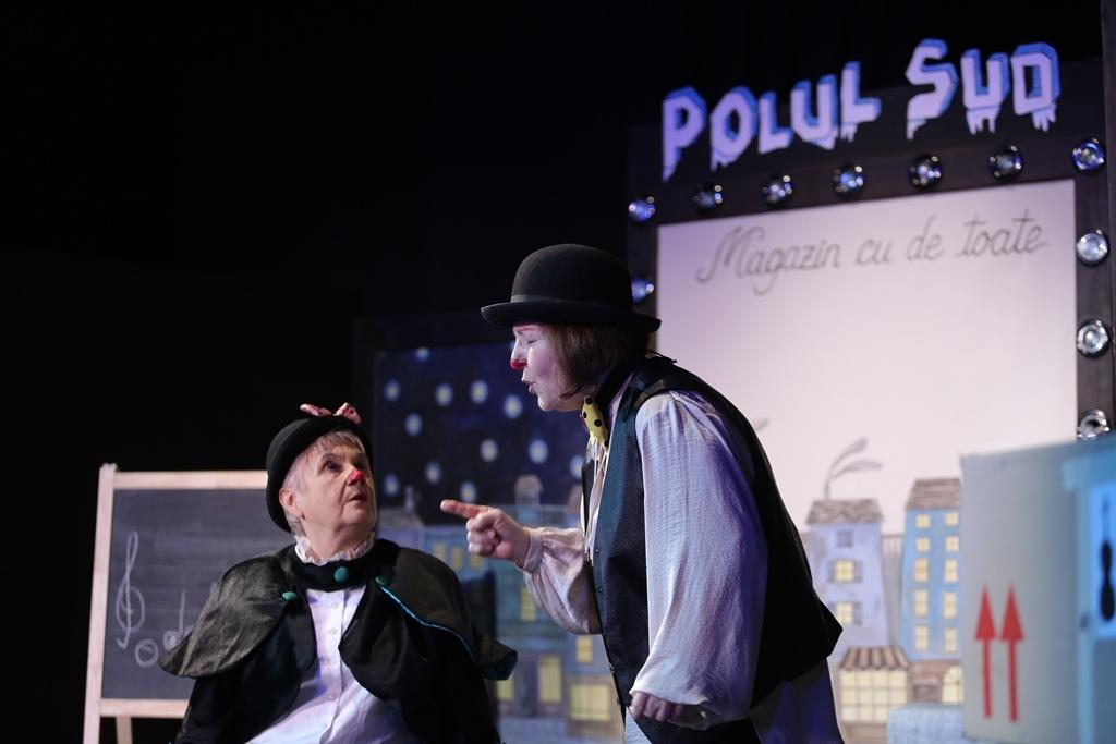 Pinguinii-melomani-_-_1_Teatrul-Ion-Creanga_Alexandrina-Halic-si-Anca-Zamfirescu